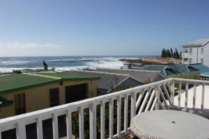 1 Point Village Guesthouse & Holiday Cottages, Apartmanok  Mossel Bay - big - 48