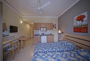 Porto Azzurro Aparthotel, Hotely  St Paul's Bay - big - 16
