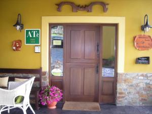 Apartamentos Rurales Casa Pachona, Apartmanok  Puerto de Vega - big - 82