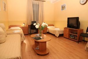 Korona Hotel, Hotely  Chubynske - big - 9