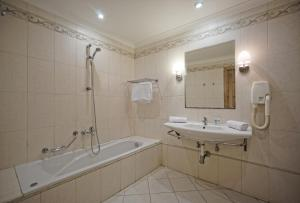 Porto Azzurro Aparthotel, Hotely  St Paul's Bay - big - 25