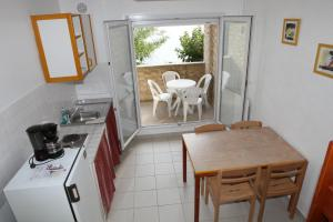 Les Heures Claires, Nyaralók  Istres - big - 5
