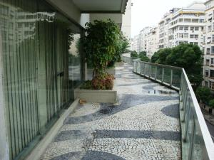 Apartamento Copacabana Barata Ribeiro, Апартаменты  Рио-де-Жанейро - big - 57