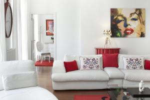 Lisbon Rentals Chiado, Apartments  Lisbon - big - 74