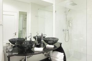 Lisbon Rentals Chiado, Apartments  Lisbon - big - 71