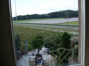 Maria's B&B, Bed and breakfasts  Noordwijk - big - 7