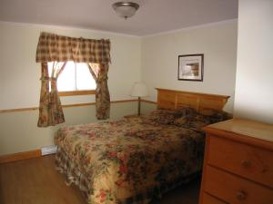 Executive Two-Bedroom Cottage