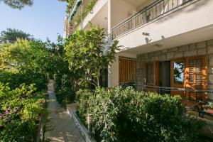 Apartments Staničić, Apartments  Brela - big - 59