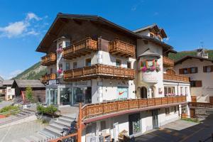 Hotel Crosal - AbcAlberghi.com