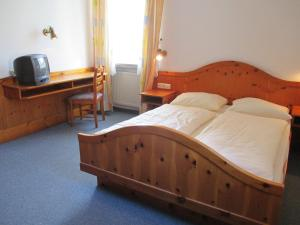 Hotel & Gästehaus Krone