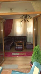 Family Hotel Silvestar, Отели  Велико-Тырново - big - 4