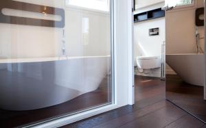 Gualandi Luxury Apartment, Apartmány  Bologna - big - 12