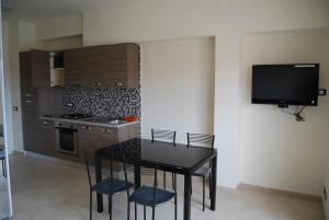 Appartamento Black & White, Apartments  Portoferraio - big - 1
