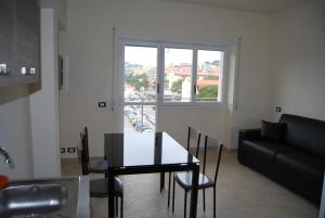 Appartamento Black & White, Apartments  Portoferraio - big - 8