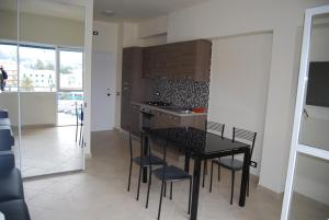 Appartamento Black & White, Apartments  Portoferraio - big - 6
