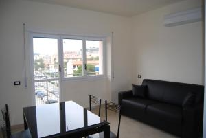 Appartamento Black & White, Apartments  Portoferraio - big - 4