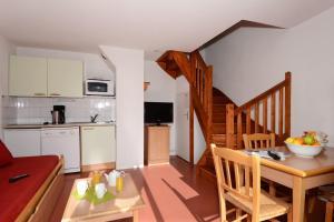 Les Chalets d'Aurouze, Aparthotely  La Joue du Loup - big - 11