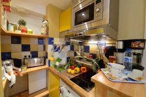 One-Bedroom Apartment A5DG - GEFILTE FISH