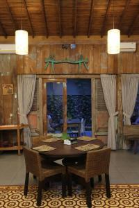 Rumah Batu Villa & Spa, Hotel  Solo - big - 55
