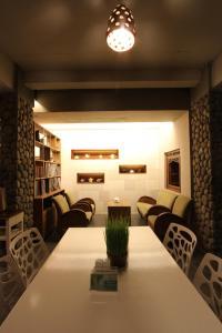 Rumah Batu Villa & Spa, Hotel  Solo - big - 57