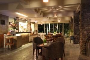 Rumah Batu Villa & Spa, Hotel  Solo - big - 56