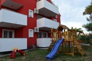 Apartments Aurora, Appartamenti  Povljana - big - 1