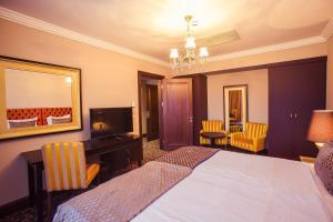 Intourist Batumi Hotel & Casino, Hotels  Batumi - big - 17