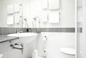 IntercityHotel Stralsund, Hotely  Stralsund - big - 3