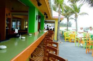 Compass Point Beach Resort (6 of 47)