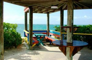 Compass Point Beach Resort (8 of 47)