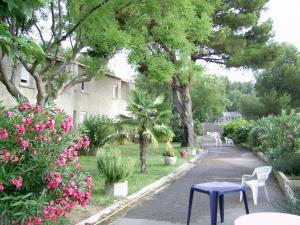 Les Heures Claires, Nyaralók  Istres - big - 14