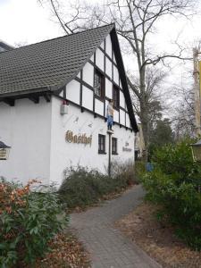 Hotel & Gasthof Zum Postkutscher, Penzióny  Cottbus - big - 24