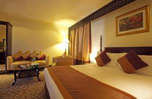 Carlton Tower Hotel, Hotely  Dubaj - big - 40