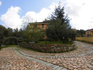 Villa Lucheria, Dovolenkové domy  Loceri - big - 18