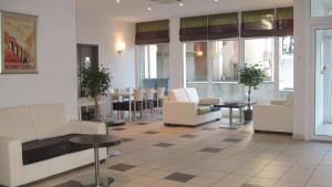 Appart'hôtel - Résidence la Closeraie, Residence  Lourdes - big - 44