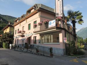 Albergo Lario - AbcAlberghi.com