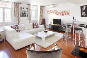 Lisbon Rentals Chiado, Apartments  Lisbon - big - 77