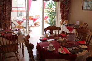 Bolands B&B, Bed and Breakfasts  Dingle - big - 49