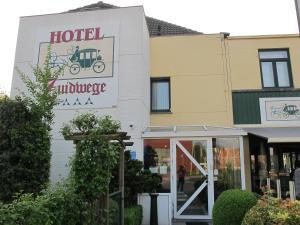 Hotel Zuidwege, Осткамп