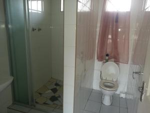 Guest House Metro, Affittacamere  Kempton Park - big - 14
