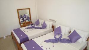 Hotel Gayan's, Отели  Удавалаве - big - 5