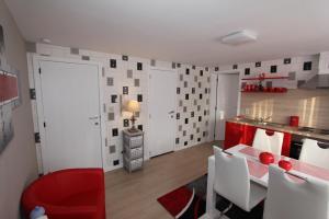Apartment Skyline, Apartmány  Ypres - big - 11