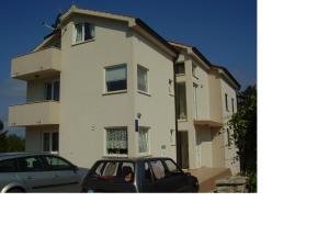 Apartments Nikolina