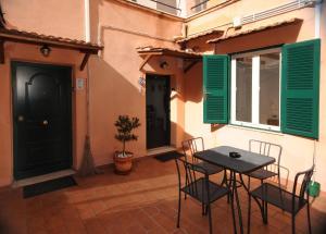 Green Apartments Rome, Prázdninové domy  Řím - big - 8