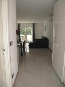 Villa Angelina Jardin, Апартаменты  Гримо - big - 27