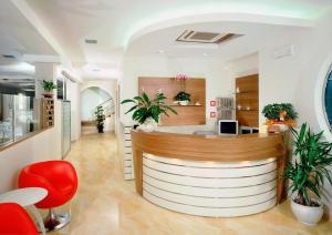 Hotel Albatros, Отели  Мизано-Адриатико - big - 40