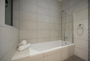 Porto Azzurro Aparthotel, Hotely  St Paul's Bay - big - 41