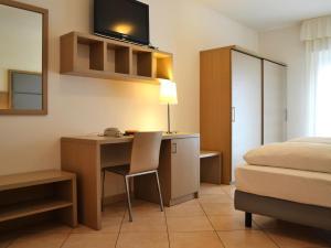 Villa Franca, Hotel  Nago-Torbole - big - 65