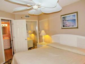 One-Bedroom Condo with Ocean View