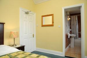 Milltown House Dingle, Отели  Дингл - big - 25